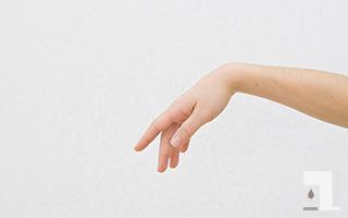 腕や手の長さは…