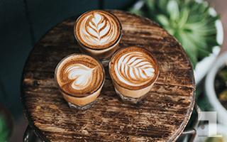 美味しそうなコーヒーが3つ